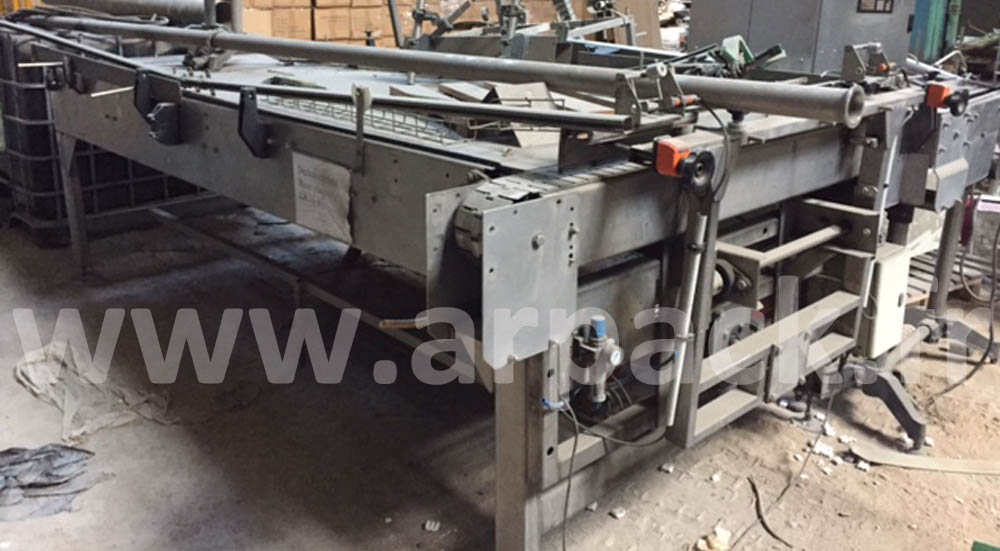 Depalletiziing table