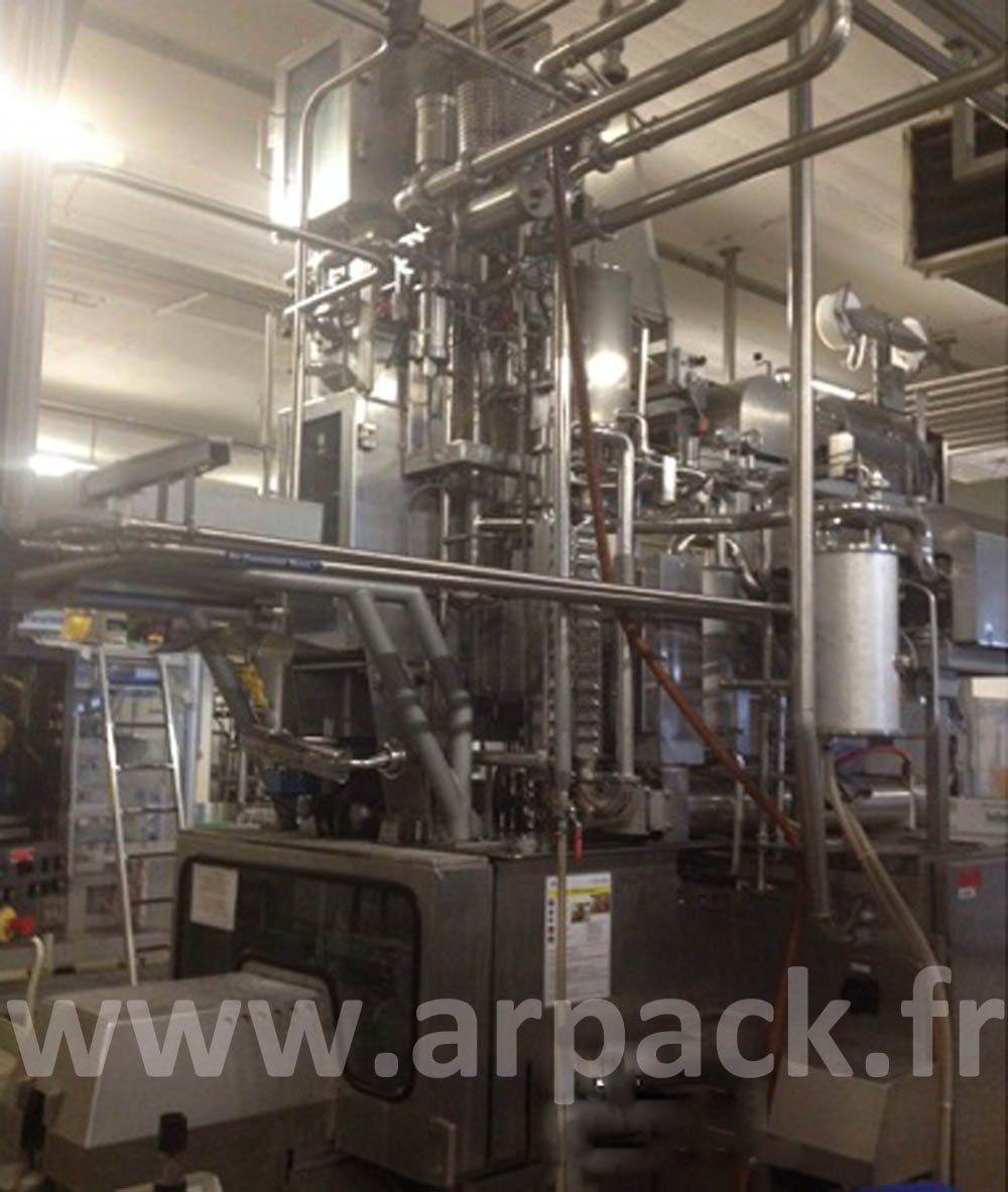 Aseptic filling line for fruit juices in carton bricks with cap Tetra Pak