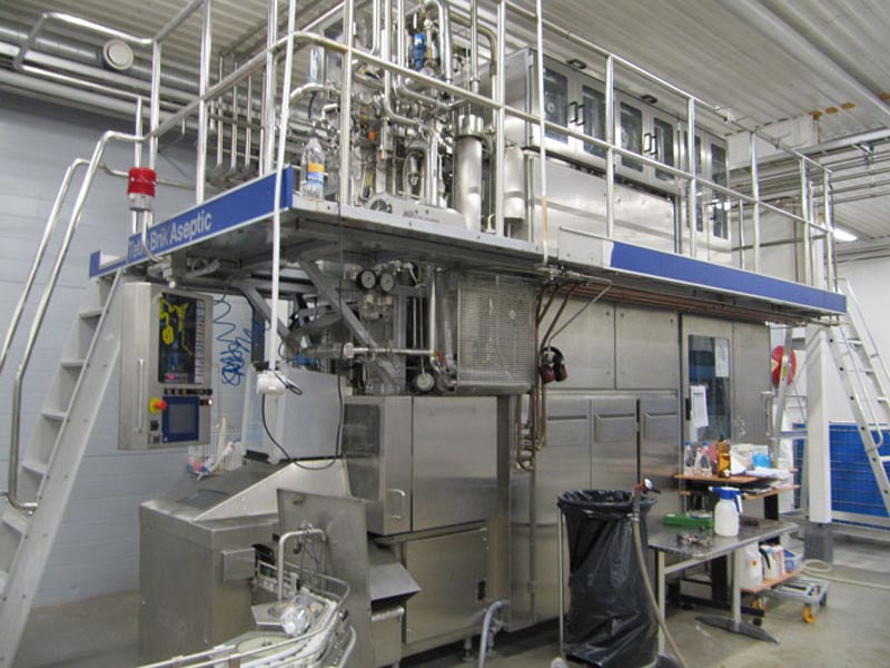 Second hand Tetrapak filling machine TBA with tray packer